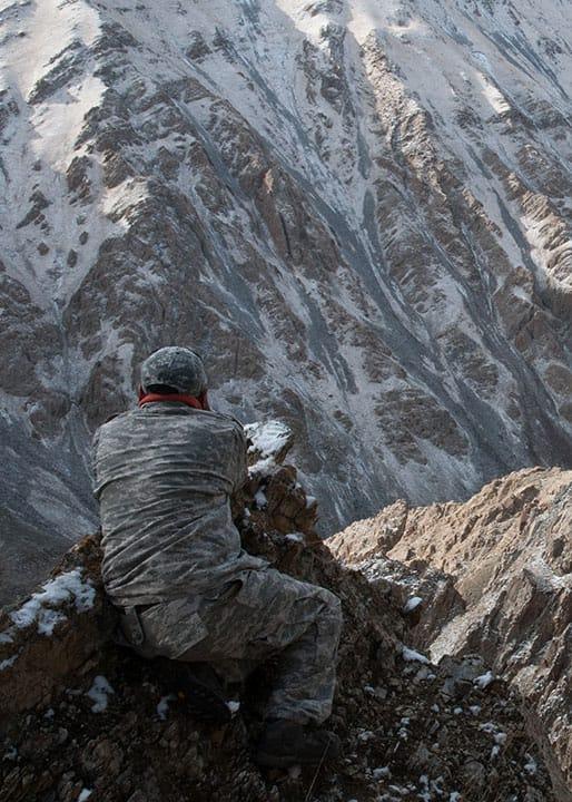 Snow Leopard Expedtion Tracker Altai Mountains Mongolia